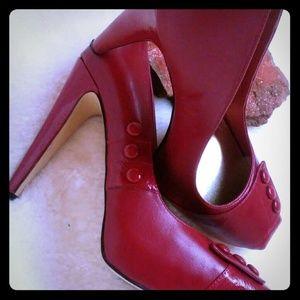 Beautiful red heels. Wore just ones.